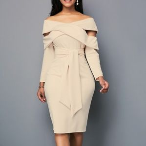 Dresses & Skirts - Tan Classy Etticate dress for the Lady with curves